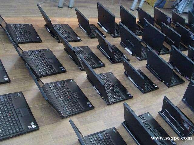 出租平面设计电脑台式机笔记本都可以